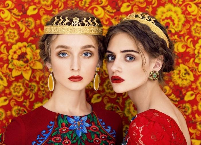Русские красавицы в традиционных нарядах (11 фото)