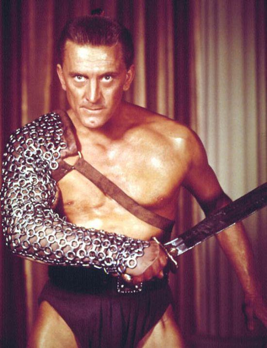 Кирк Дуглас - один из последних ныне живущих актеров «золотой эры» Голливуда (4 фото)