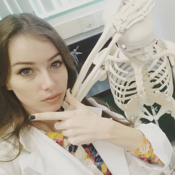 Девушка-биолог, которая очень любит косплей (20 фото)