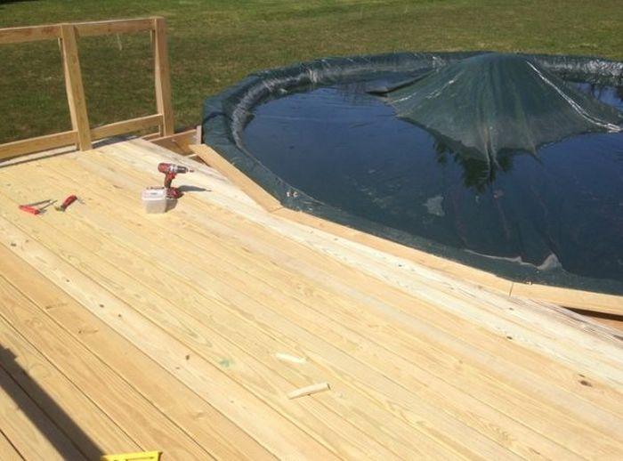 Деревянная терраса для бассейна своими руками (19 фото)