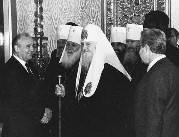 Знаковые события 1988 года для СССР (15 фото)