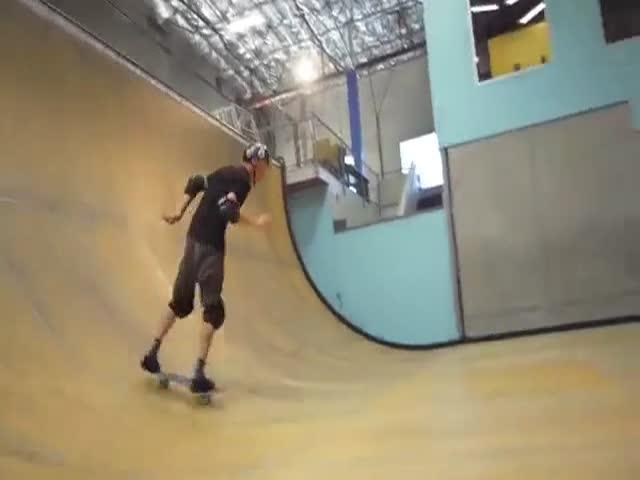 Скейтбордист Тони Хоук повторил знаменитый трюк с разворотом на 900 градусов