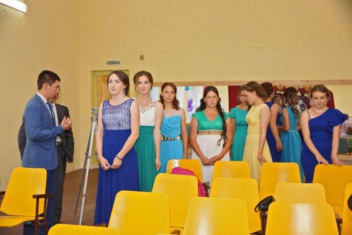 Скромный выпускной в Чувашской глубинке (25 фото)