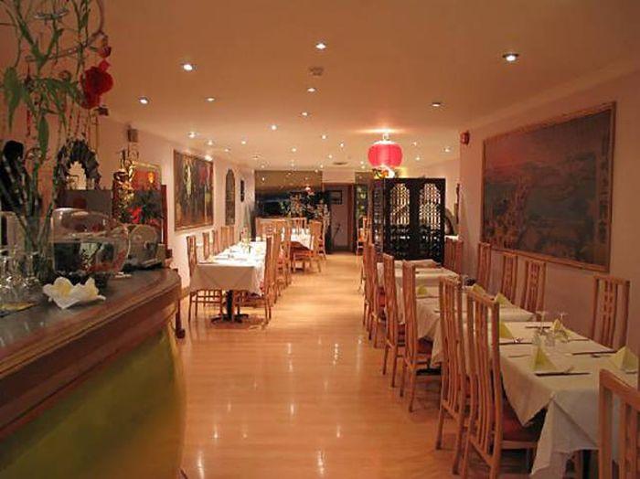 Кухня китайского ресторана (12 фото)