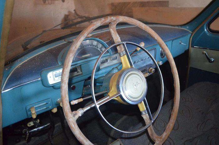 Удача реставраторов: ГАЗ-21 «Волга» 1961 года выпуска с пробегом 37406 км (20 фото)
