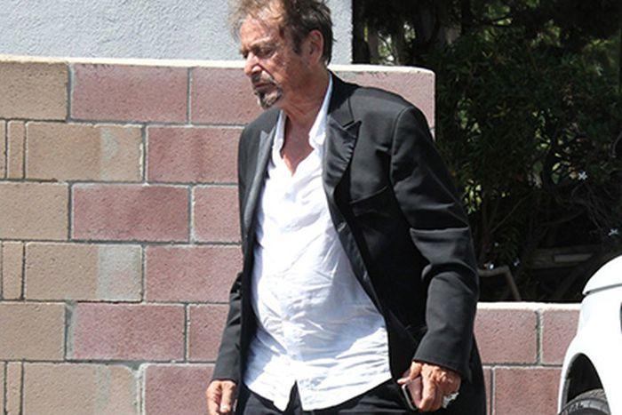 СМИ упрекнули Аль Пачино за «пивной живот» (4 фото)