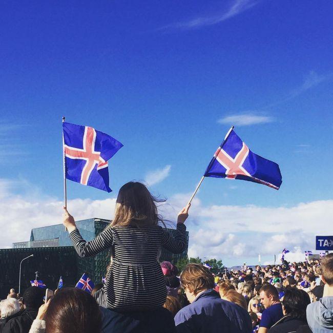 Сборная Исландии проиграла Франции со счетом 5:2 (6 фото + видео)