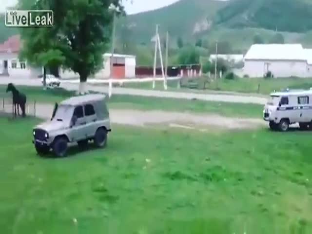 УАЗ ушел от погони