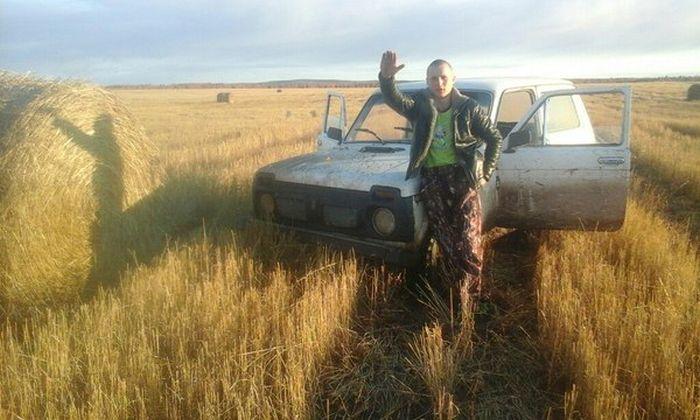 Как парень из Иркутской области потерявшуюся девочку спасал (2 фото)