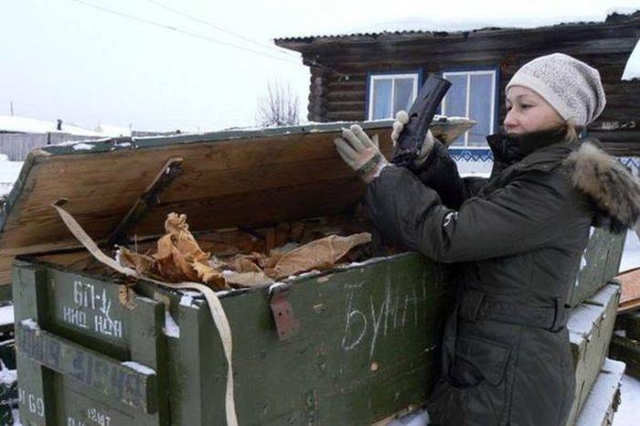 Житель Удмуртии приобрел 79 автоматов Калашникова за 500 рублей (2 фото)