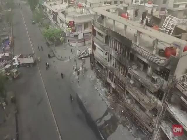 Беспилотник снял видео с места теракта в Багдаде