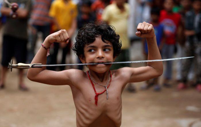 Кадры повседневной жизни граждан Индии (34 фото)