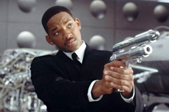 Интересные факты о фантастической комедии «Люди в черном» (9 фото)
