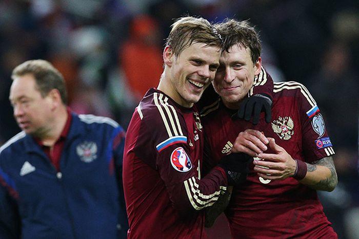 Журналисты сравнили достижения известных футболистов с зарплатой, как у Александра Кокорина (5 фото)