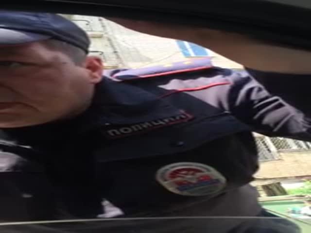 Полицейский заподозрил таксиста в преступлении