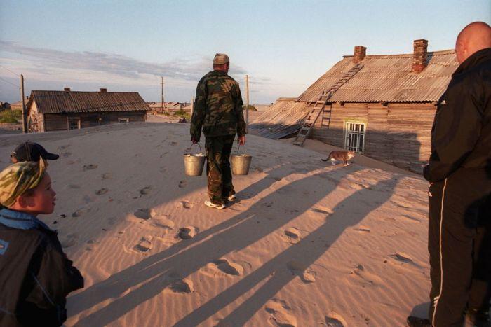 Шойна - село, утопающее в песке (27 фото)