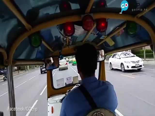 Ограбленный в Бангкоке турист запечатлел на видео момент кражи