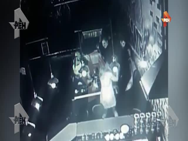 Кикбоксер убил посетителя бара в Орехово-Зуеве
