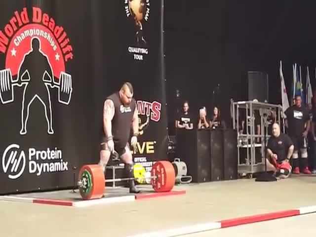 Британец Эдди Холл установил новый рекорд мира в становой тяге