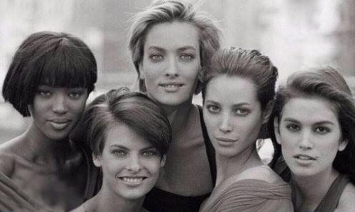 Красивые девушки из 90-х и из нашего времени (2 фото)