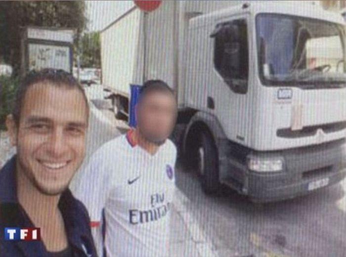 СМИ опубликовали селфи, сделанные Мохамедом Бухлелем перед терактом в Ницце (3 фото)