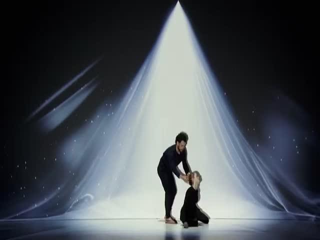 Яркое выступление мультимедиахудожников Sila Sveta на шоу America's Got Talent