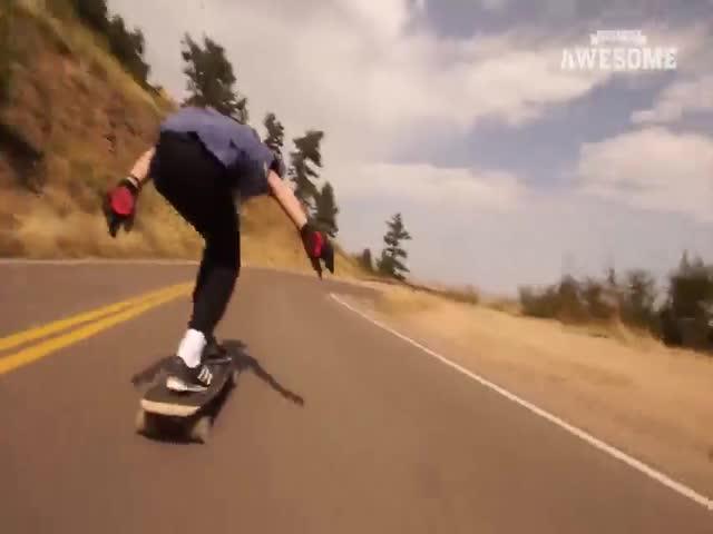 Невероятные спуски на скейтбордах и велосипедах