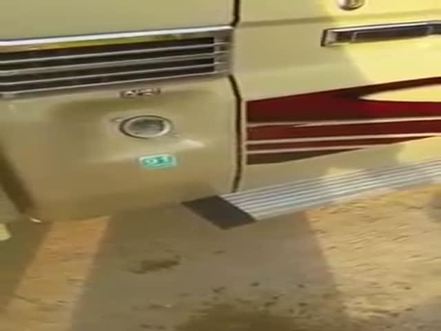 В Кувейте из-за сильной жары в бензобаках закипает топливо