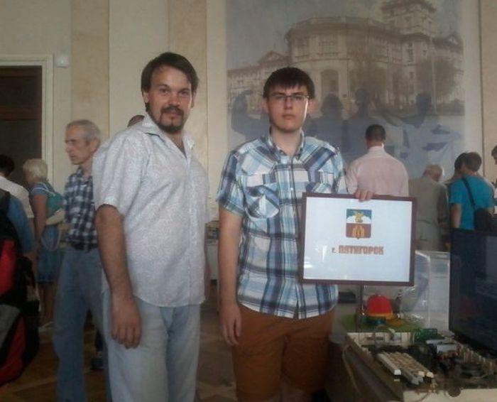 «Полностью отечественный компьютер» пятигорского школьника оказался клоном ZX Spectrum (фото + видео)