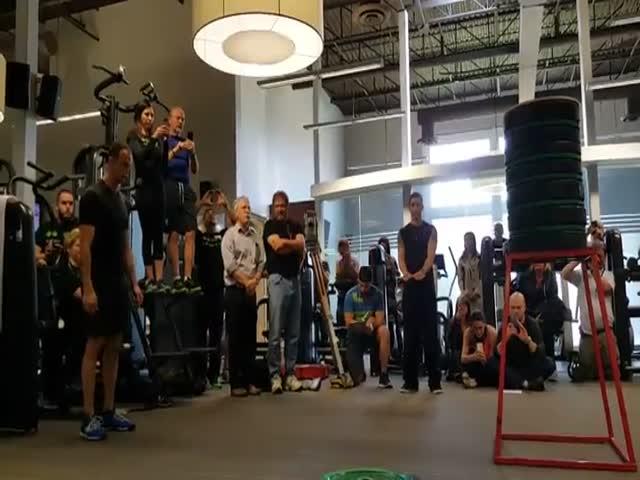 Новый мировой рекорд по прыжкам в высоту с места