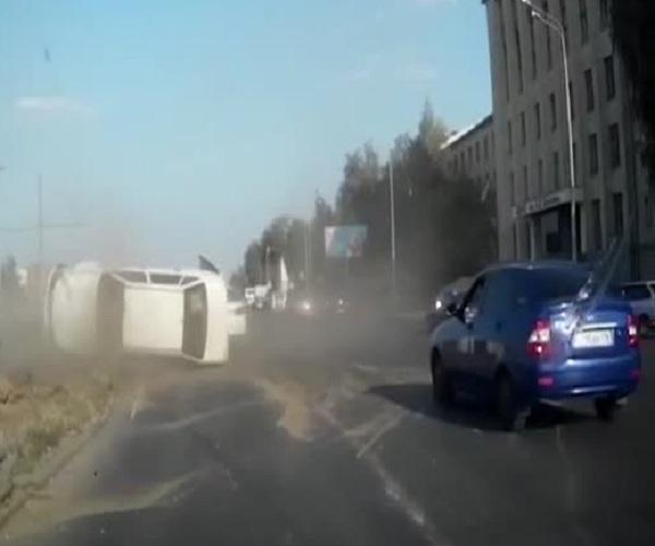 Виновник серьезной аварии скрылся с места происшествия
