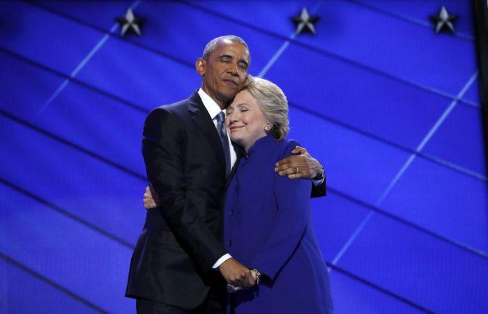 Барак Обама обнял кандидата в президенты США Хиллари Клинтон (18 фото)