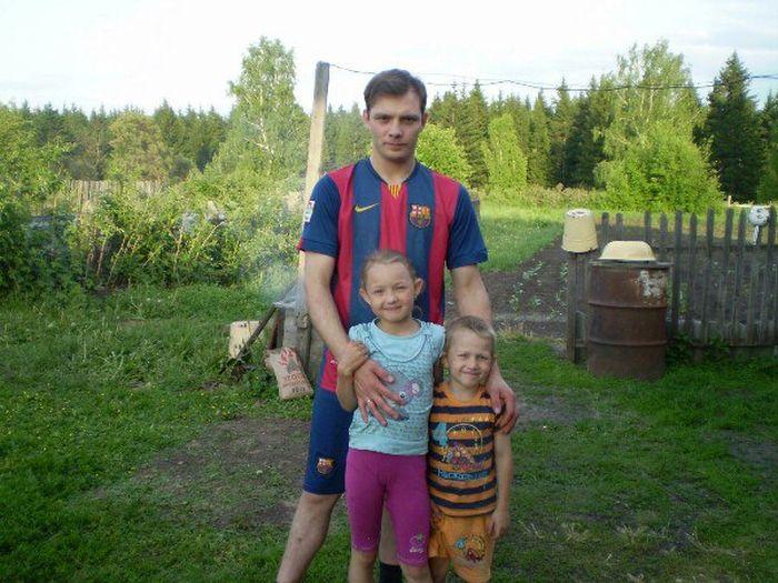 23-летний сибиряк женился на 38-летней матери 11 детей (6 фото)