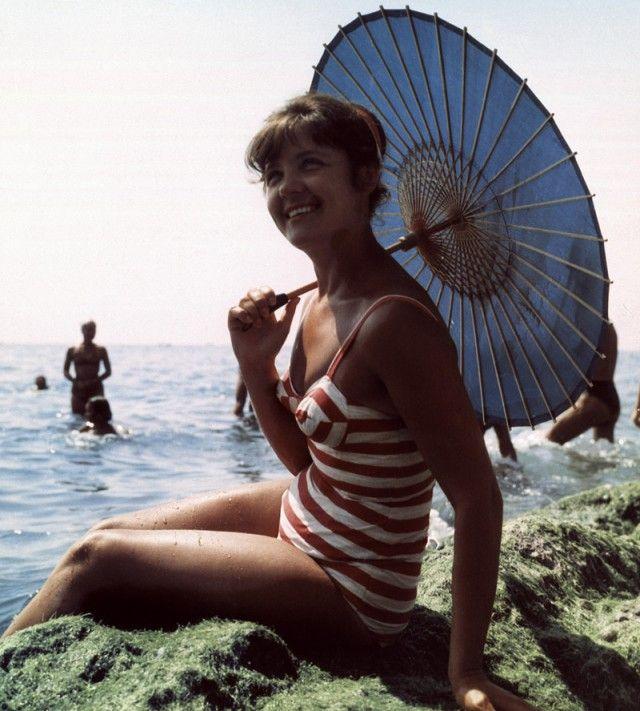 Каким мог бы быть Instagram гражданина СССР, вернувшегося из отпуска (26 фото)