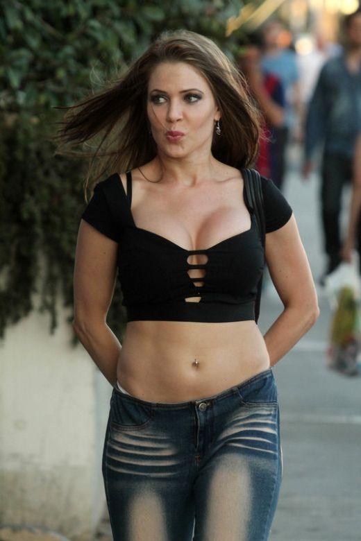 Эрика Джордан и ее прелестные джинсы (8 фото)