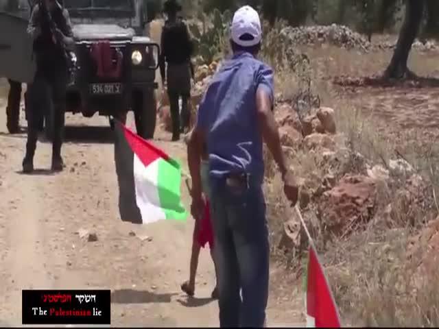 Палестинец провоцирует израильских пограничников застрелить его сына