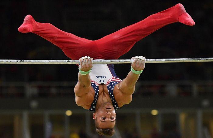 Забавные лица гимнастов в момент выступления (16 фото)