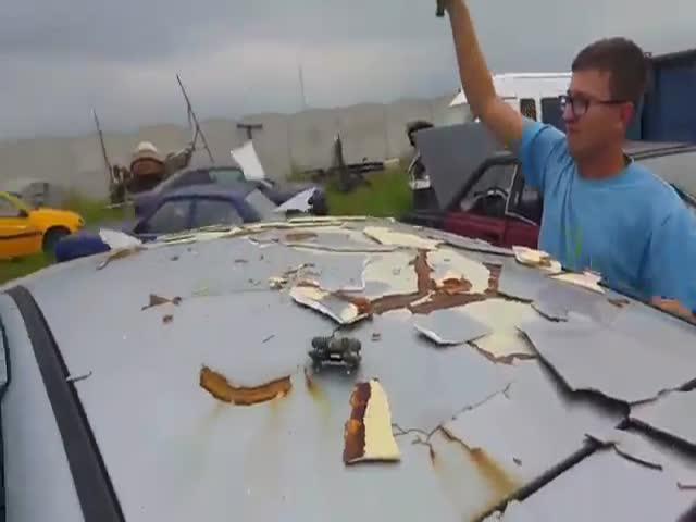 Автомобиль с керамической крышей