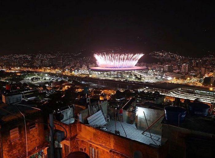 Разительные контрасты Рио-де-Жанейро (4 фото)