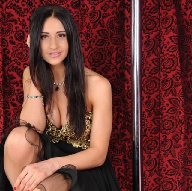 Прекрасная Яна Егорян - чемпионка Олимпиады по фехтованию (18 фото)