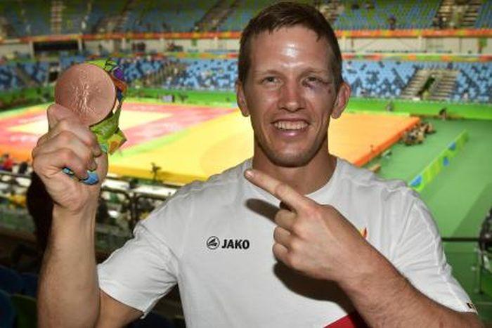 Бразильский грабитель избил призера Олимпийских игр по дзюдо (3 фото)