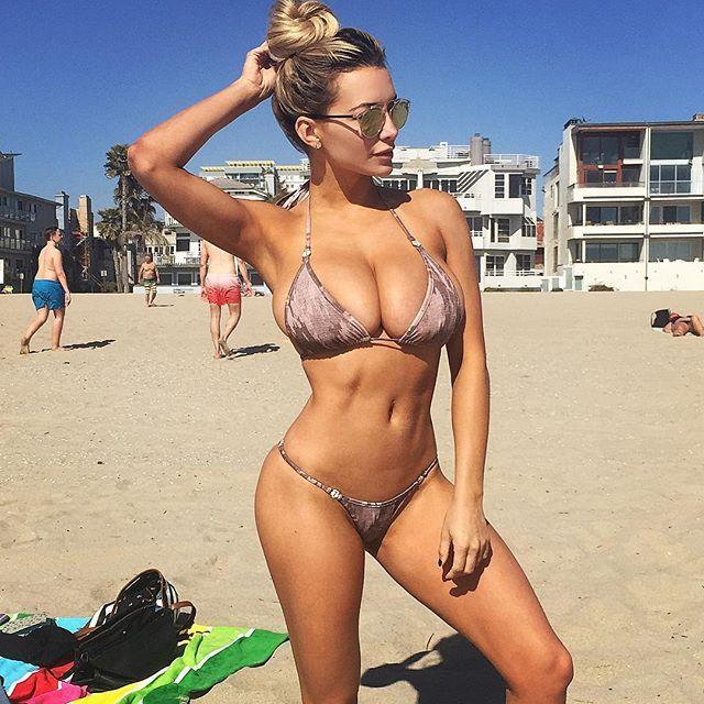 Транс груди 6 го размера