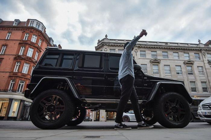 Автомобили ближневосточных гостей Лондона (21 фото)