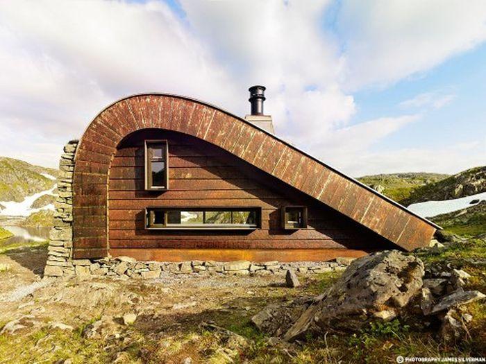 Уютная современная хижина в Норвегии (7 фото)
