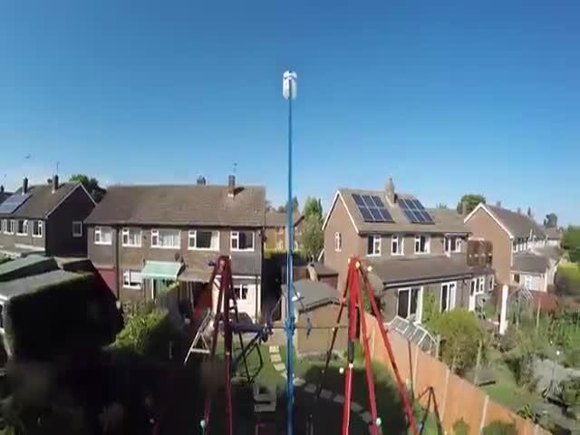 360-градусные качели Колина Фарза