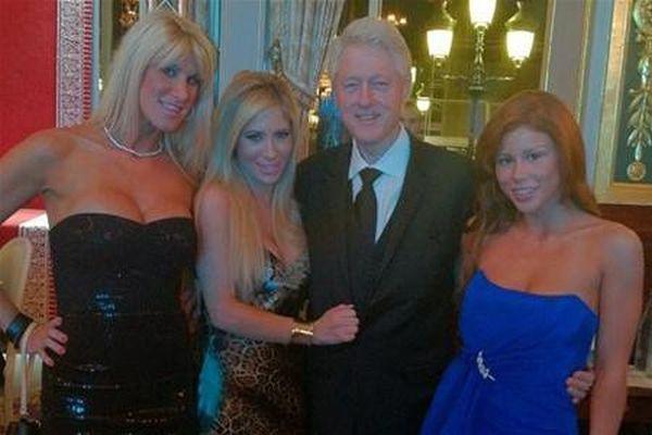 Скандальные снимки политиков (44 фото)