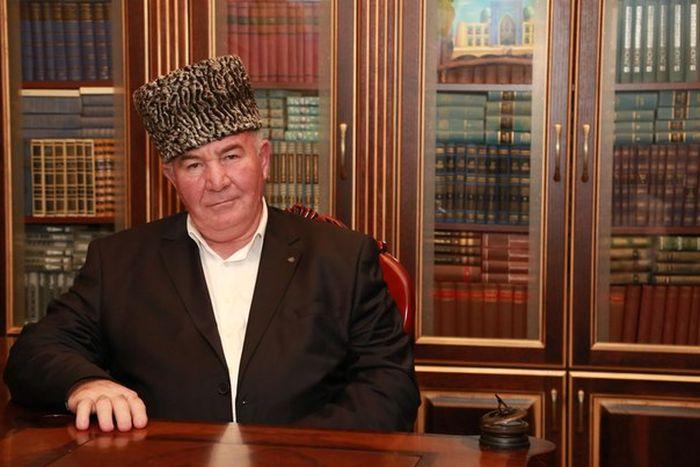 Муфтий Исмаил Бердиев передумал поголовно обрезать женщин (фото)