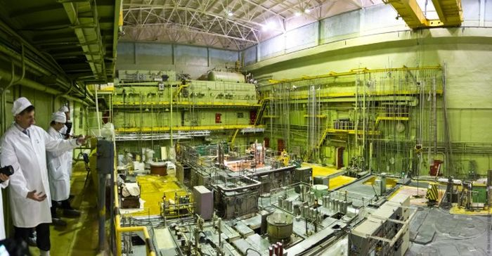 Как производят самый дорогой в мире металл - Калифорний-252 (25 фото)