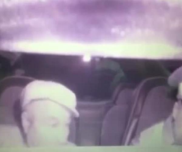 Пьяный водитель ранил ножом инспектора ДПС