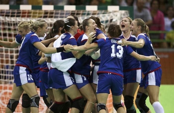 Россия завоевала 56 медалей на Олимпиаде в Рио (2 фото)